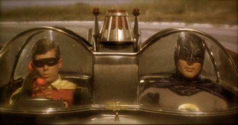 batman_robin_batmobile_01