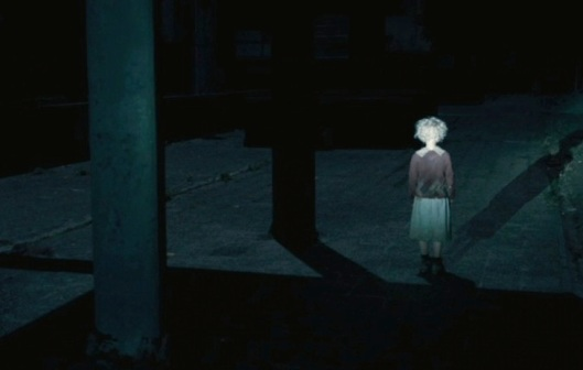 chernobyl-diaries-scary-girl