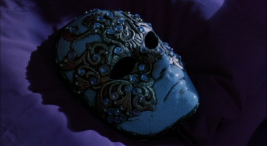 eyeswideshut mask