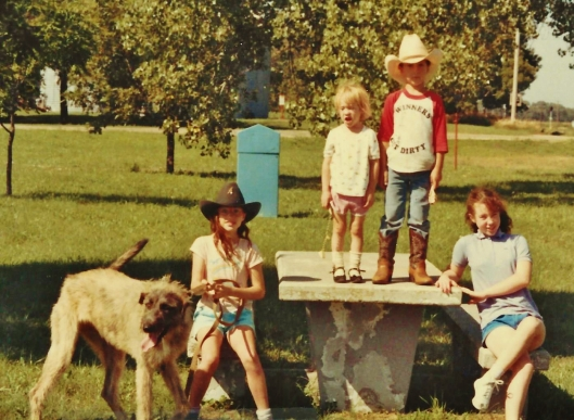 Cocoa, Ciara, Jessi, Luke, Mo, Lone Tree, Nebraska, July 28, 1988