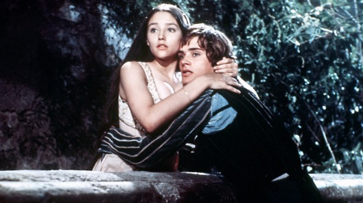 ROMEO AND JULIET, from left: Olivia Hussey, Leonard Whiting, 1968