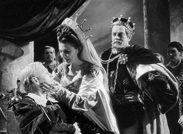 Olivier Hamlet 8