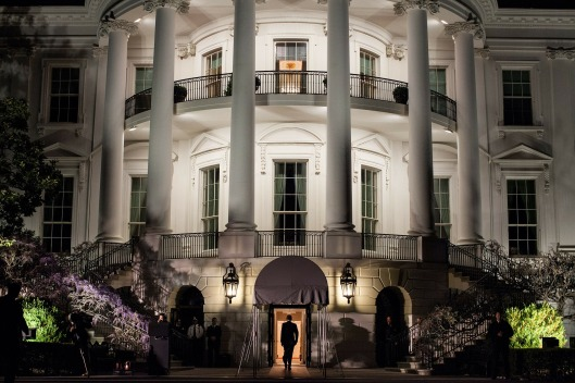 the-white-house-103927_1920